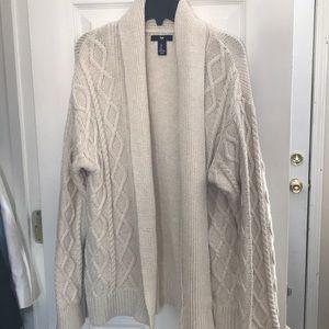 Gap chunky cable knit cardigan sz large